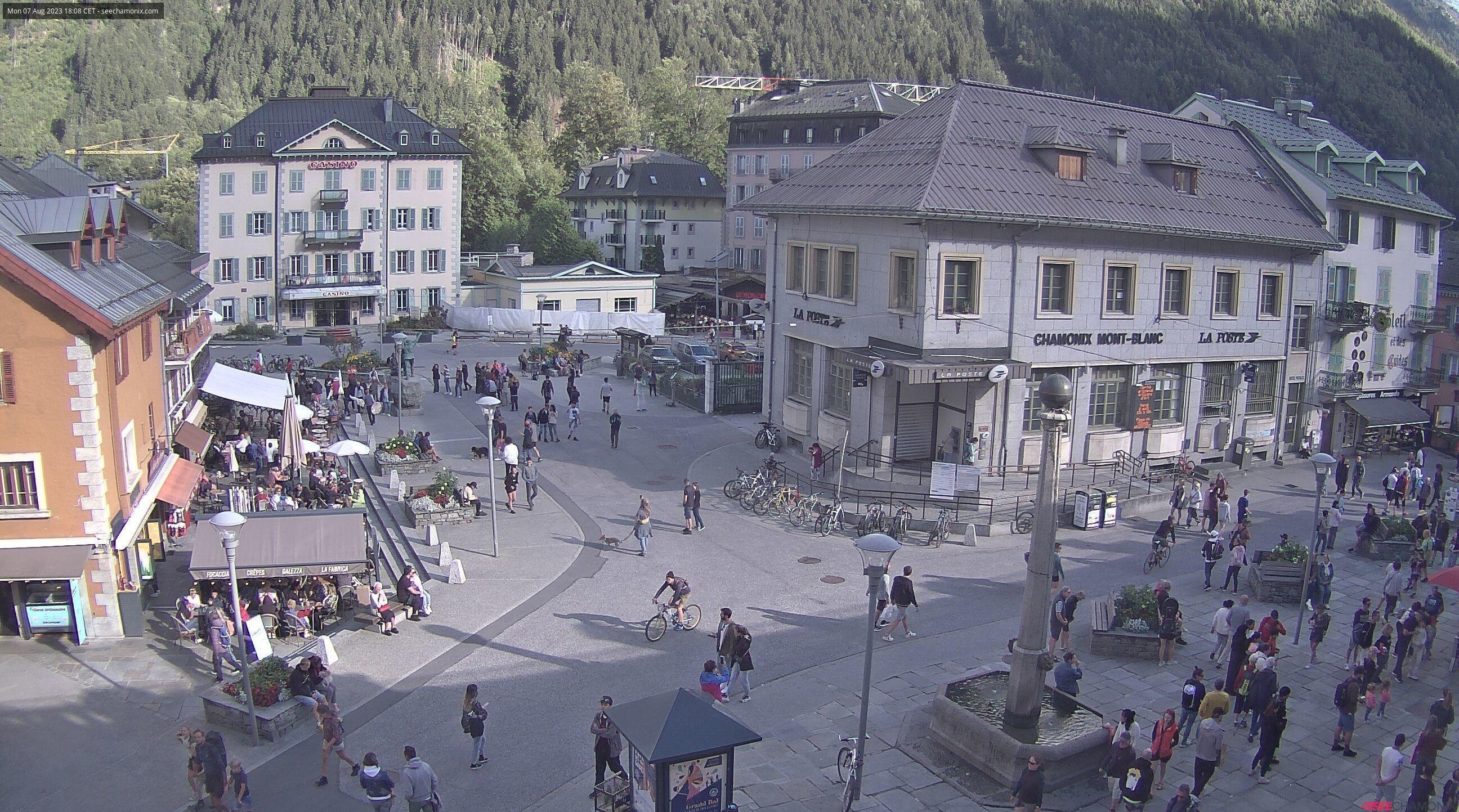 Chamonix Place Balmat